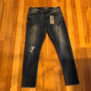 NEW Distressed Ankle Skimmer Jeans